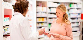 estudiar auxiliar de farmacia a distancia